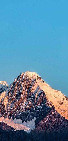 [2436x1125]山顶 雪顶 雪季 天空 苹果手机壁纸图片