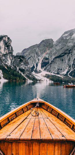 [2436x1125]船只 湖泊  山川 自然 苹果手机壁纸图片